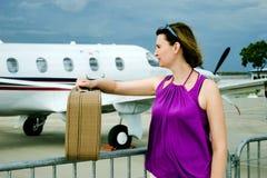 Vrouw en airpalne Royalty-vrije Stock Fotografie