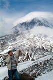 Vrouw en bergen Stock Foto