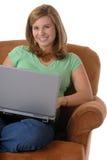 Vrouw en Computer stock foto's