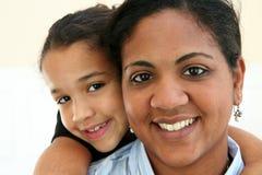 Vrouw en Dochter Stock Foto's