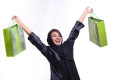Vrouw en het winkelen zak stock foto