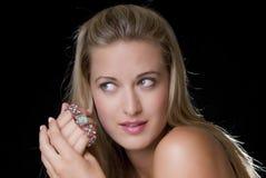 Vrouw en juwelen Stock Foto's