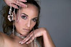 Vrouw en juwelen Stock Afbeelding
