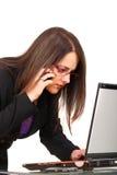 Vrouw en laptop Stock Fotografie