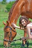 Vrouw en paard royalty-vrije stock afbeeldingen