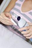 Vrouw en reinigingsmiddel Stock Fotografie
