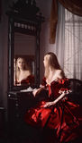 Vrouw en spiegel Royalty-vrije Stock Foto's