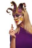 Vrouw gezet op lippenstift Royalty-vrije Stock Afbeeldingen