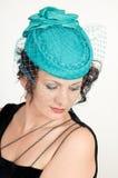Vrouw in groene hoed Stock Fotografie