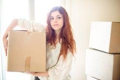 Vrouw het bewegen zich stock foto
