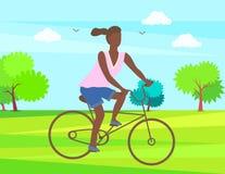 Vrouw het Cirkelen in Park, Afro Dame Riding op Fiets stock illustratie