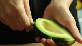 Vrouw het Koken het Receptenreeks van de Veganisthavermoutpap stock videobeelden
