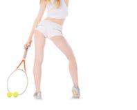 Vrouw het spelen tennis het wachten tennisbal Royalty-vrije Stock Afbeeldingen