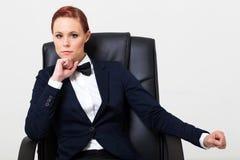 Vrouw in kostuum Stock Foto