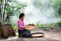 Vrouw in lokaal Thailand Stock Fotografie