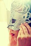 Vrouw in masker Stock Afbeeldingen