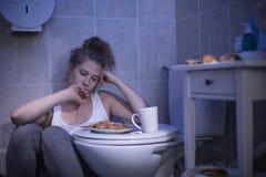 Vrouw met bevestiging van calorieën royalty-vrije stock foto's