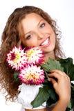 Vrouw met bloemen stock foto