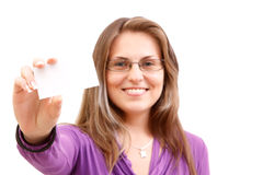 Vrouw met businesscard Royalty-vrije Stock Foto's