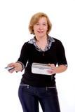 Vrouw met creditcard Stock Afbeelding