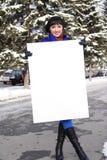 Vrouw met de affiche Stock Foto's