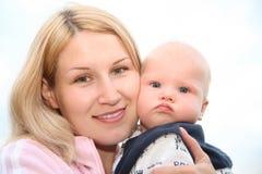 Vrouw met de baby Royalty-vrije Stock Afbeelding