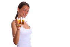 Vrouw met drank 2 Royalty-vrije Stock Afbeeldingen