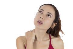 Vrouw met een gespannen hals Stock Afbeeldingen