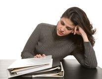 Vrouw met notitieboekjes royalty-vrije stock afbeelding