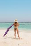 Vrouw met een sarong Royalty-vrije Stock Foto's