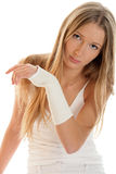 Vrouw met elastische wristban Royalty-vrije Stock Foto's