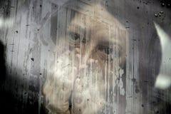 Vrouw met gekneuste ogen Royalty-vrije Stock Afbeeldingen