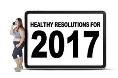 Vrouw met gezonde resoluties 2017 tekst Royalty-vrije Stock Fotografie