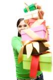 Vrouw met gift Stock Foto's