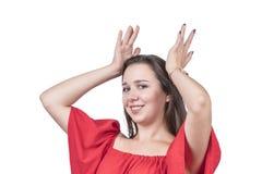Vrouw met handen op hoofd Royalty-vrije Stock Foto's