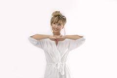 Vrouw met het strelen van gebaar Stock Afbeeldingen