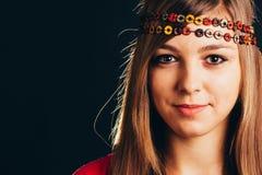 Vrouw met hoofdband stock foto's