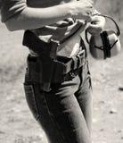 Vrouw met kanon Royalty-vrije Stock Afbeeldingen
