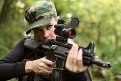 Vrouw met kanon Royalty-vrije Stock Foto