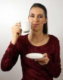 Vrouw met koffiekop Royalty-vrije Stock Afbeeldingen
