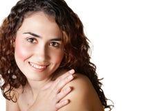 Vrouw met krullend bruin haar Royalty-vrije Stock Afbeelding