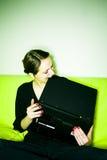 Vrouw met laptop stock foto's