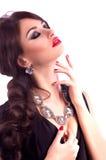 Vrouw met make-up en kostbare decoratie royalty-vrije stock fotografie