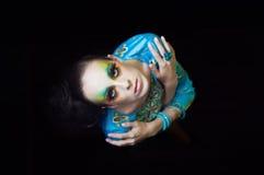 Vrouw met manierkapsel en samenstelling Royalty-vrije Stock Foto
