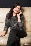 Vrouw met mobiel royalty-vrije stock foto