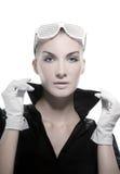 Vrouw met modieuze zonnebril Royalty-vrije Stock Afbeeldingen