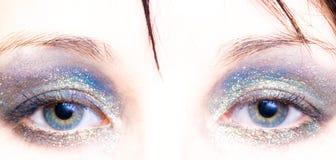 Vrouw met oogschaduw Royalty-vrije Stock Fotografie