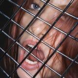 Vrouw met open mond. Stock Foto's
