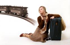 Vrouw met reusachtige zak Stock Foto's