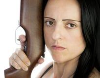 Vrouw met riffle Stock Foto's
